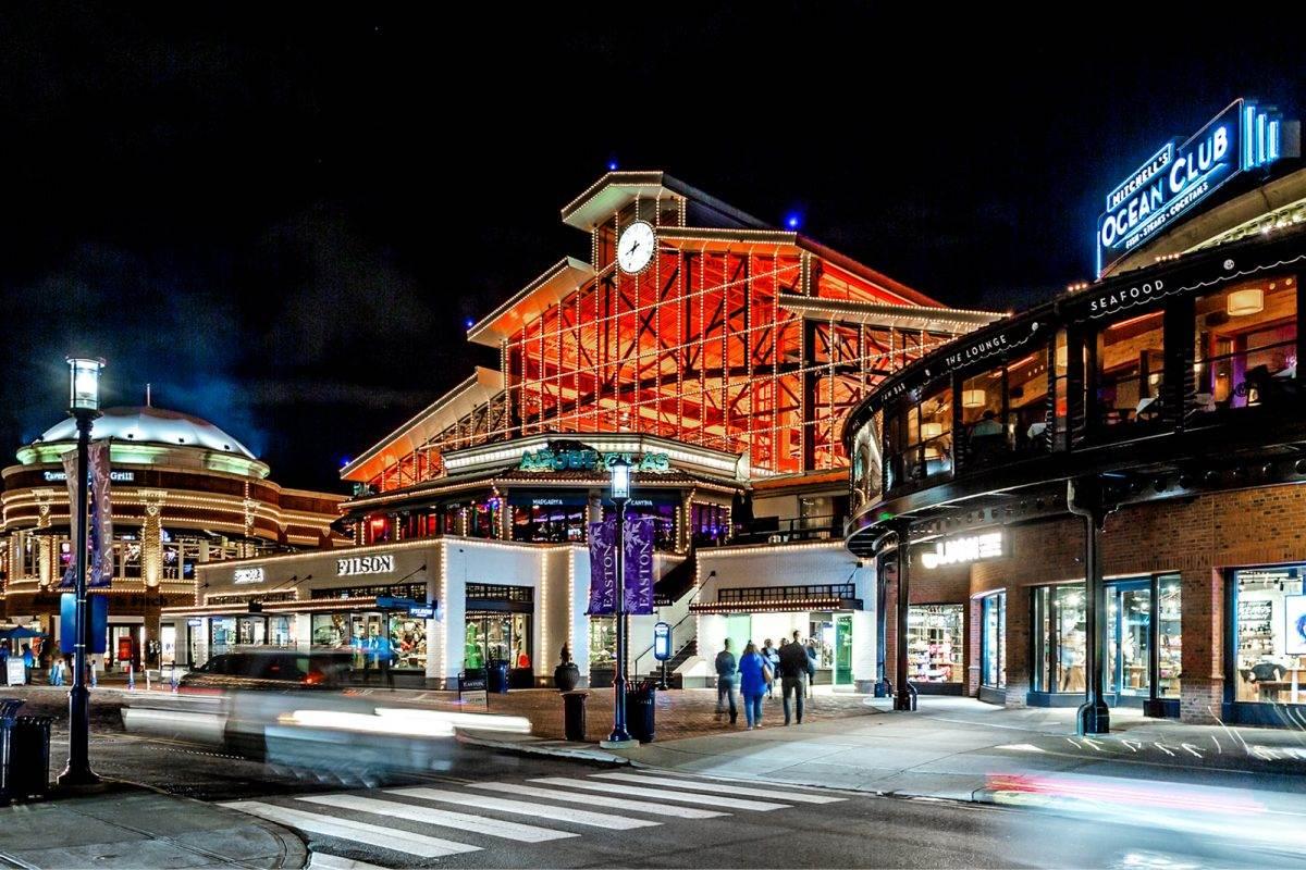 easton town center station building